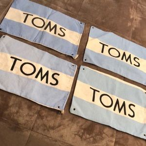 Bundle of 4 toms flags